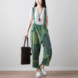 Яркие брюки на бретелях с этно-вставками (зеленый)