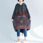 Ассиметричное платье-толстовка с рисунком квадрат (серое)
