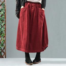 Вельветовая юбка с карманами и пуговицами (красный)
