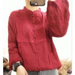 Блузка на пуговицах с вертикальным декором (красный)