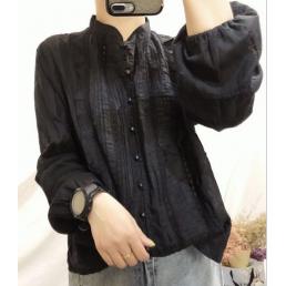Блузка на пуговицах с вертикальным декором (черный)