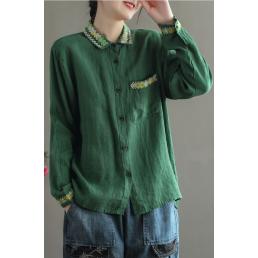 Льняная рубашка с вышивкой на воротнике (зеленый)
